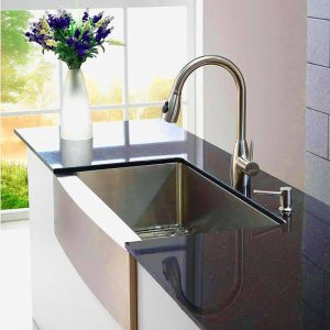 How to Choose a Farmhouse Sink